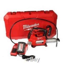 Milwaukee 2646-22CT M18TM 2 Speed Grease Gun Kit (2 Batteries)