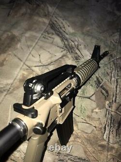Mini Model Gun Tan M4A1 Highly Detailed (Shell Ejecting)